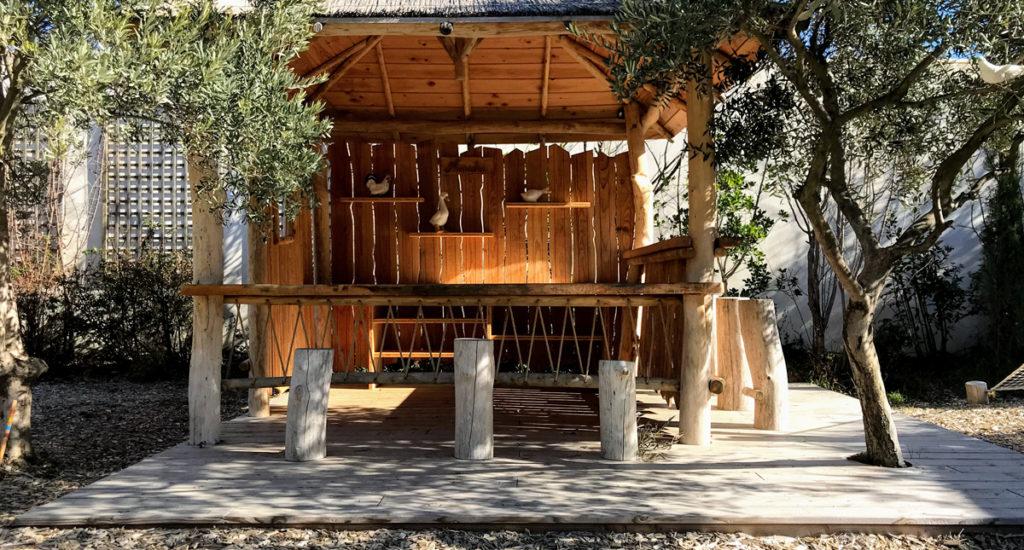 Une Cabane à Violès